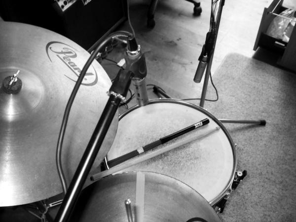 Studio recording mics bw